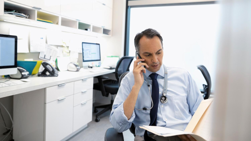 New Hotline for Massachusetts PCPs Offers Guidance in Treating Addiction and Chronic Pain